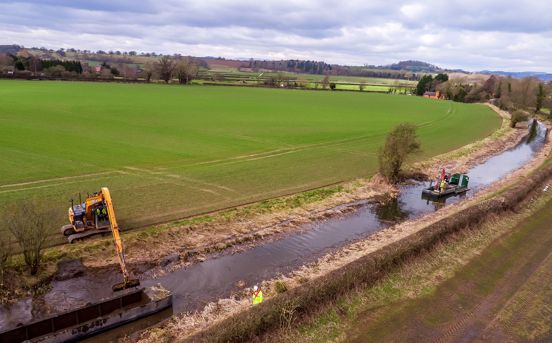 Canal and Rivers Trust dredging